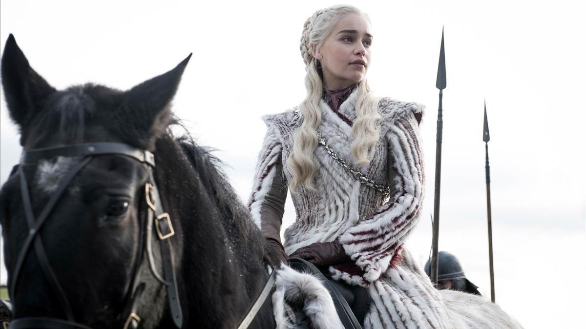 Emilia Clarke, caracterizada como Daenerys, en 'Juego de tronos'.