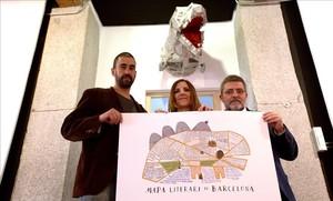 De izquierda a derecha, Raúl Arias, Yasmina Bargalló y Mario Tascón en la sede de Prodigioso Volcán, en Madrid.