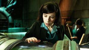 Un fotograma de La forma del agua, de Guillermo del Toro, película inaugural de Sitges-2017