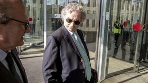 El escritor Ildefonso Falcones, en la Ciutat de la Justicia el pasado 9 de noviembre.
