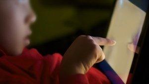 Imagen de Interpol sobre las víctimas de la pornografía infantil.