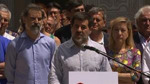 Les entitats sobiranistes demanen a Puigdemont data i pregunta per al referèndum