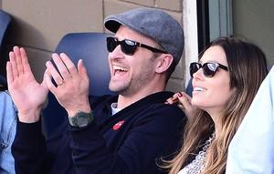 Justin Timberlake y Jessica Biel siguen un partido de tenis, en una imagen de archivo.