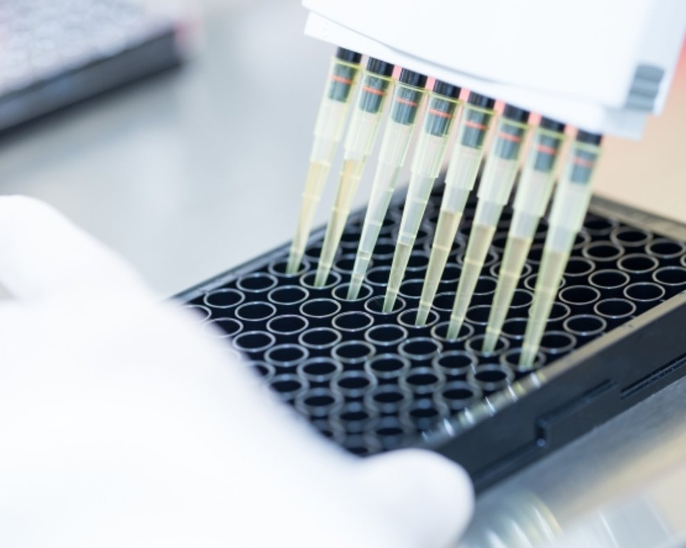Detalle de un laboratorio farmacéutico.