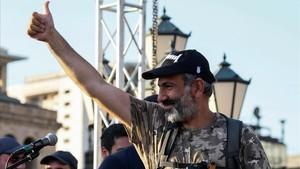 El líder opositor armenio,Nikol Pashinyan, durante una de las manifestaciones en Yereván.