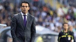 Luis García Plaza durante un partido al frente del Villarreal.