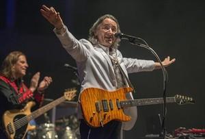 Un momento de concierto de Roger Hodgson en el festival de Pedralbes, la noche del miércoles.