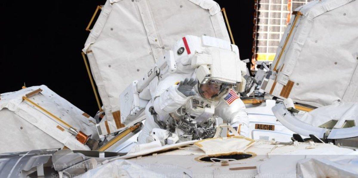 La NASA cancela el primer paseo espacial de mujeres por falta de trajes de su talla