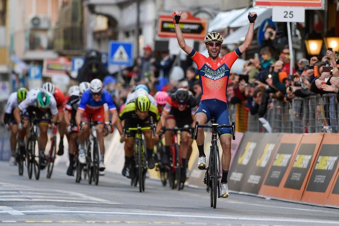 Nibali se impone en la Milán-San Remo 2018.