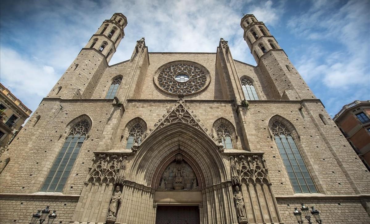 L'arquebisbat de Barcelona va immatricular 51 edificis amb la 'llei Aznar'