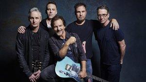 Pearl Jam, en una foto promocional de 'Gigaton'
