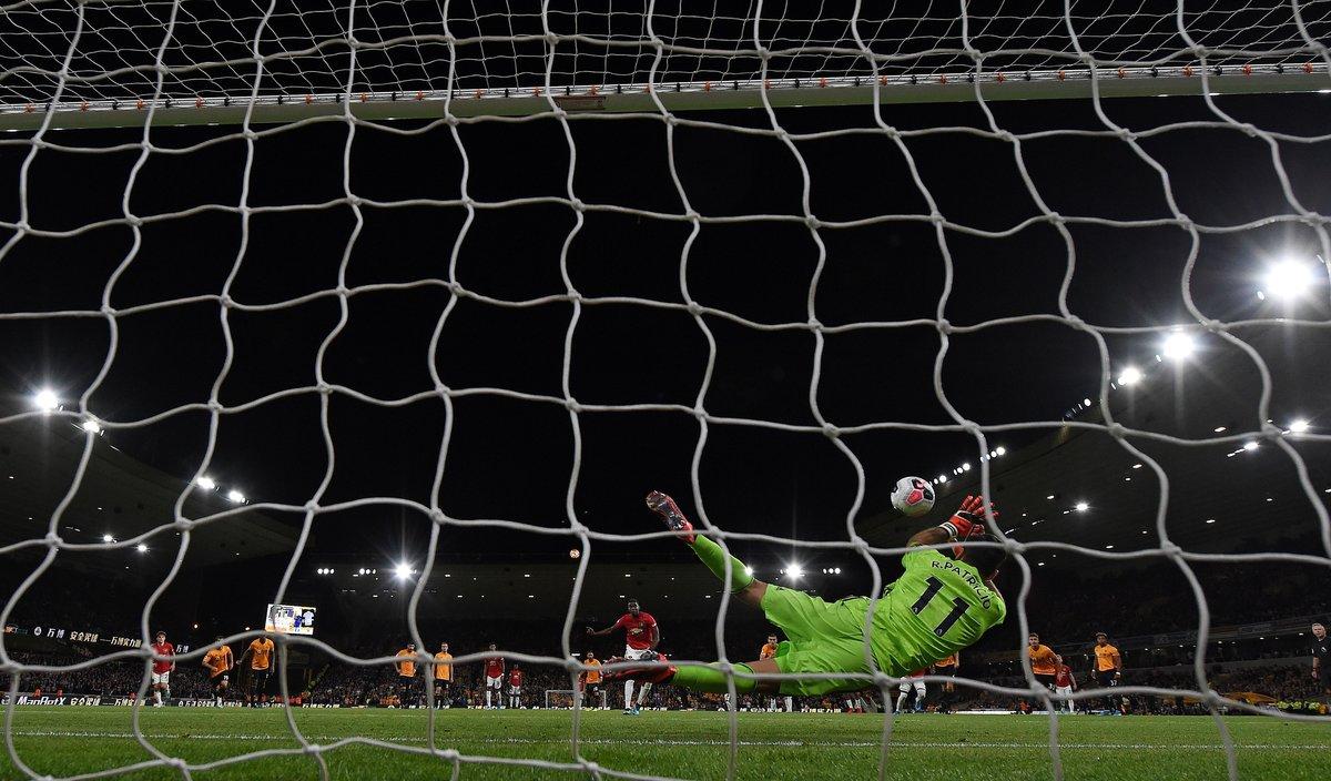 Pogba, en el momento de errar el penalti.