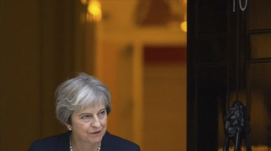 Guerra en Gran Bretaña entre partidarios del 'brexit' suave y el duro