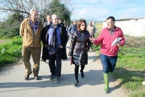 Raquel Sánchez y Carlos Ruiz en su visita al Parc Agrari este viernes
