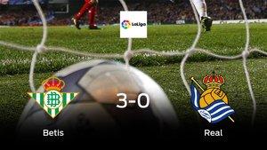 El Real Betisse hace con los tres puntos tras golear a la Real Sociedad en casa (3-0)