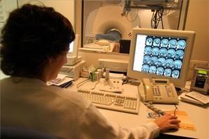 El 90% dels metges admeten que porten a terme proves diagnòstiques de dubtosa utilitat