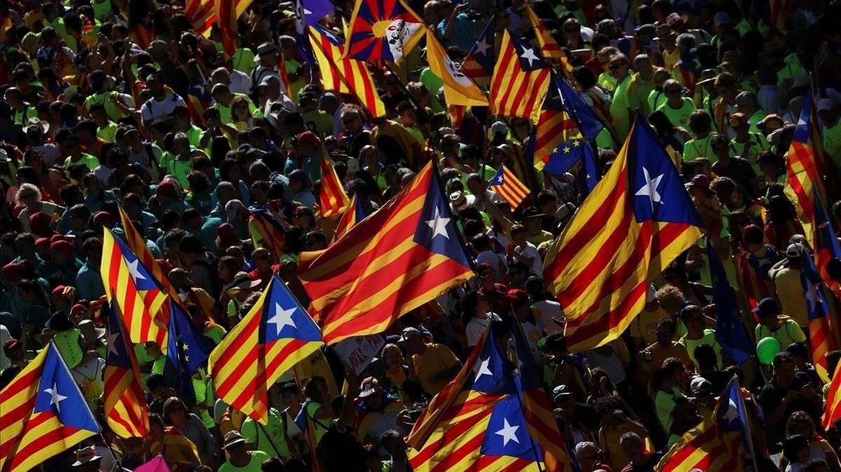 Independentista CatalánSería Un De Fuera Carta MadrileñoSi nw0PX8Ok