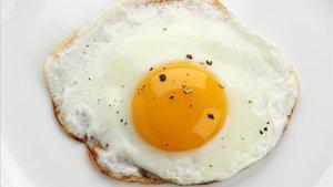 L'ou i la xocolata entren a la llista d'aliments recomanats per consumir diàriament