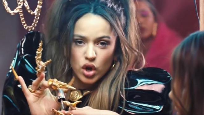 Rosalía estrena el videoclip de 'Aute Cuture'.