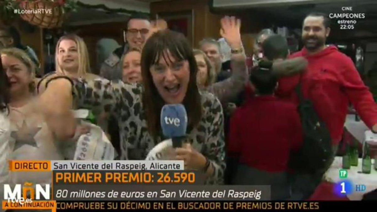 La euforia de una reportera al anunciar que había ganado el Gordo... para luego reconocer que era mentira