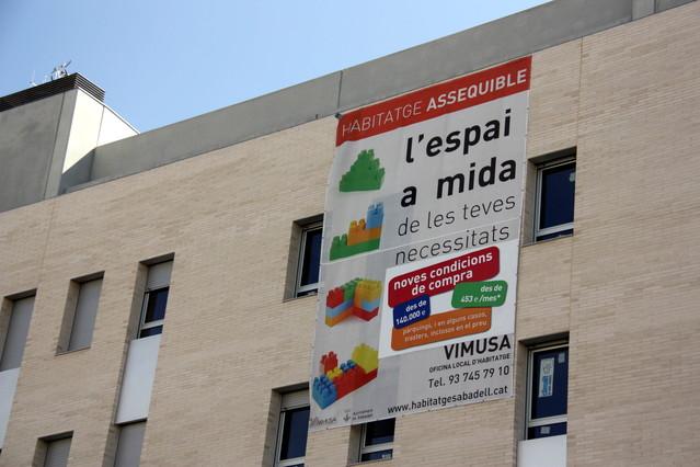 Sabadell sancionar a partir de febrero a los bancos con for Pisos de banco sabadell