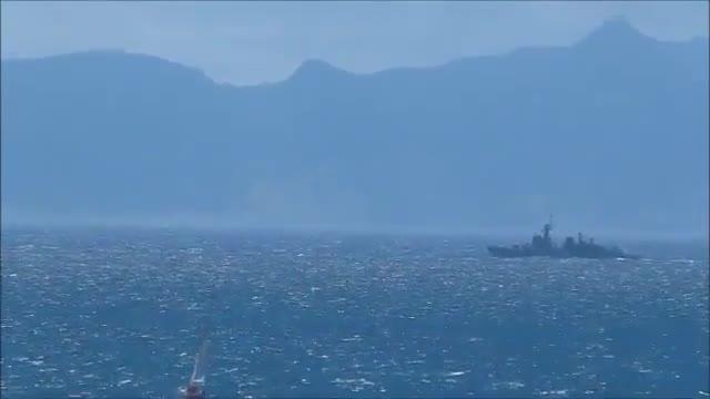 Vídeo difós per les autoritats gibraltarenyes per denunciar la incursió d'un vaixell militar espanyol en les seves aigües.