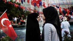 Turquía abandonó Eurovisión en el 2012 coincidiendo con el giro islamista de su gobierno.