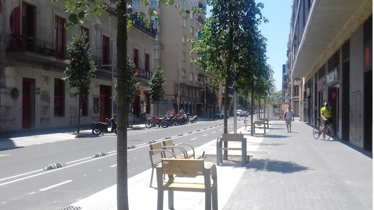 Imagen virtual de cómo quedará el tramo de la calle Pere IV remodelado.