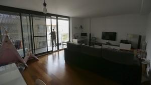 Interior de uno de los pisos del 113 de la avenida de Barcelona, en Sant Joan Despí (Barcelona).