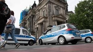 La policia dispara contra un home a la catedral de Berlín