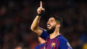 Suárez talla la mala ratxa en la Champions