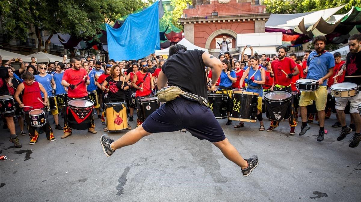 Inicio de las fiestas de Gràcia, el año pasado.
