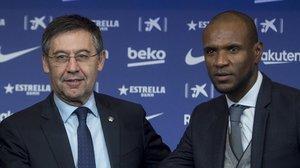 El Barça anuncia la marxa d'Abidal