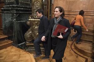 Gerardo Pisarelo y Ada Colau, el 3 de noviembre en el ayuntamiento.