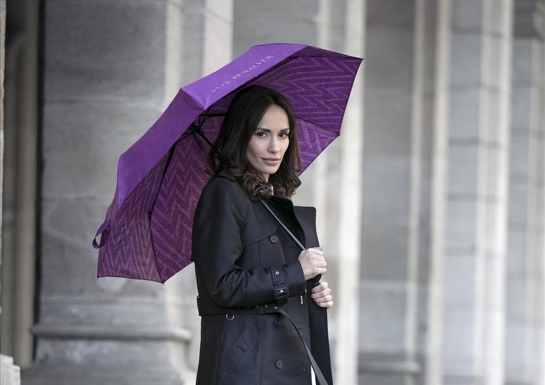 Promoción paraguas El Periódico