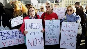 Francia baraja penalizar el acoso en la calle con 90 euros de multa