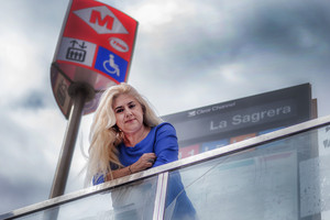 Loli González: «Se't parteix l'ànima al treure un sensesostre del metro»