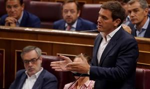 Albert Rivera, este miércoles, cuando le saca a Pedro Sánchez el asunto de su tesis.