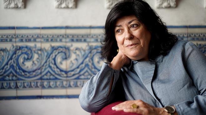 Almudena Grandes: «Als 50 s'afusellava menys, però es controlava més la intimitat»