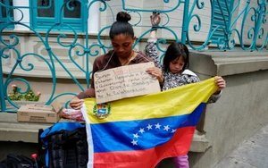 Inmigrantes venezolanos en Bolivia piden ayuda.