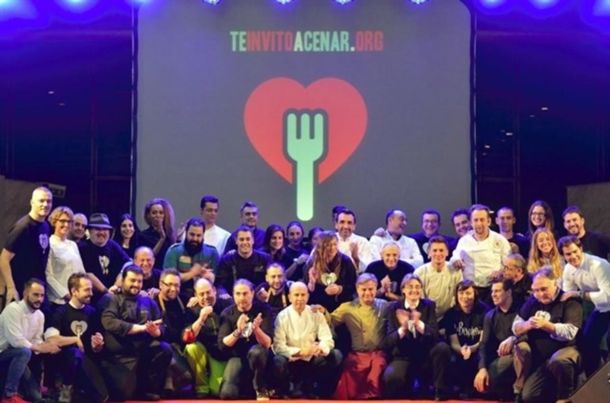 Fotografía de la cena solidaria de la iniciativa Te invito a cenar del 2016.