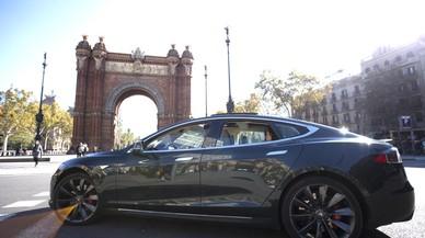 Cabify cerrará el año con más de 1.000 coches en Barcelona