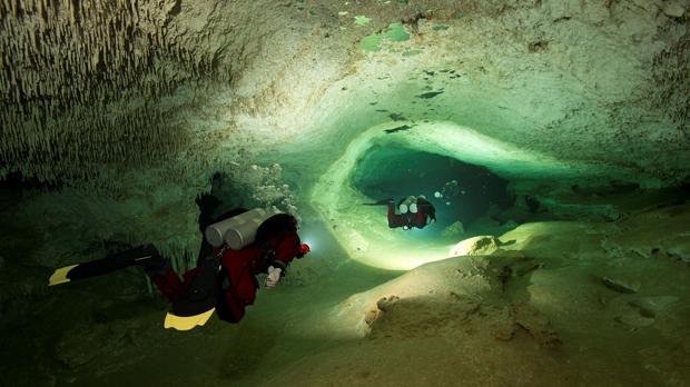 Descoberta a Mèxic la cova subaquàtica més gran del món