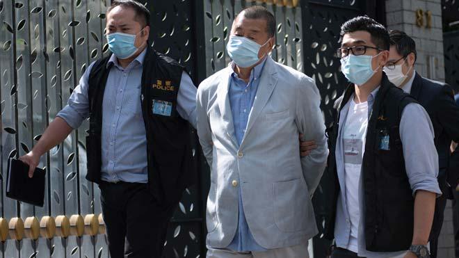 Detenido en Hong Kong el magnate de los medios Jimmy Lai por conspiración.