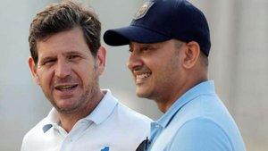 El director general del Valencia, Mateu Alemany (izquierda) y el presidente, Anil Murthy.