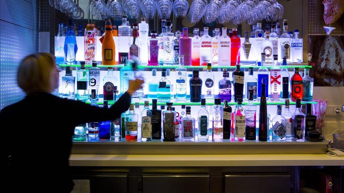 Alcoholisme: de l'abstinència total al control del consum