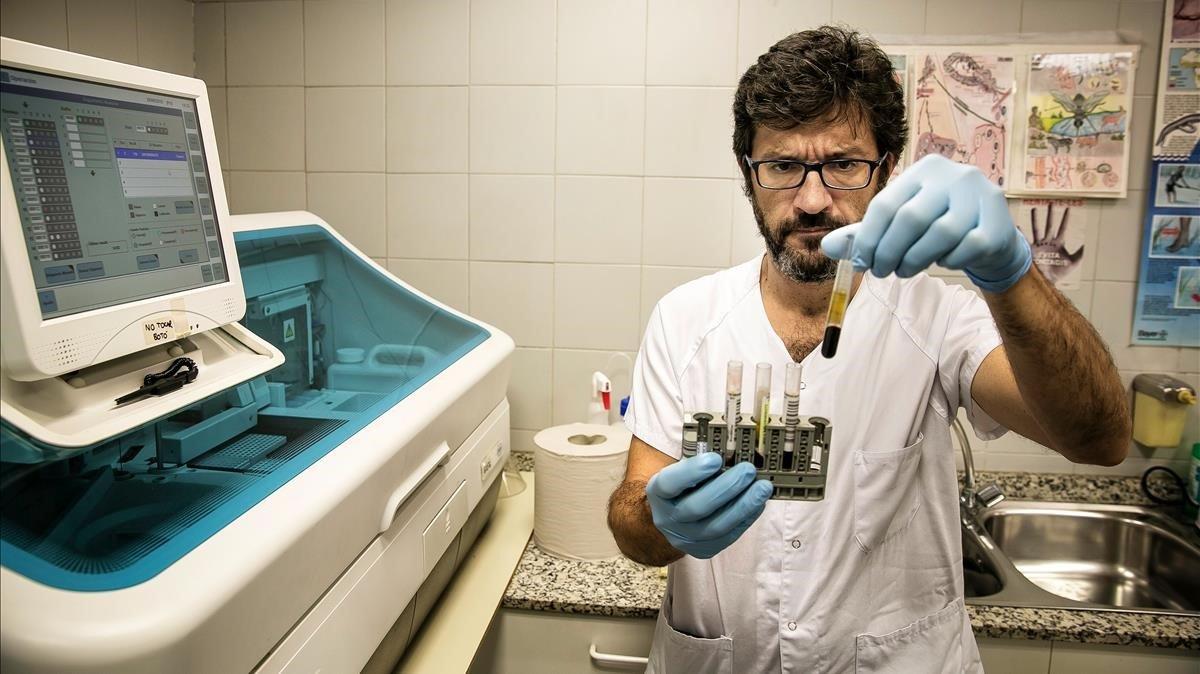 Els nous hàbits sexuals disparen els contagis de gonorrea i sífilis