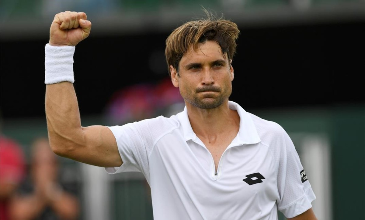 Ferrer celebra la victoria sobre Gasquet en Wimbledon.