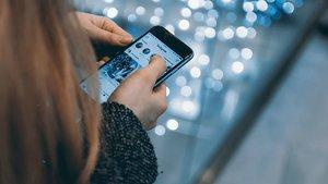 Bretxa salarial, també, a Instagram: els homes cobren gairebé el doble