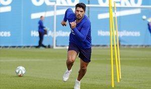 Suárez s'entrena amb el grup, però Messi encara no